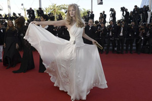 Arielle Dombasle - Cannes 2013